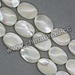 Shell Beads, Mother of pearl, Cream white, Flat oval, Approx 13x18x4mm, Hole:Approx 1mm, Sold per 16-inch strand